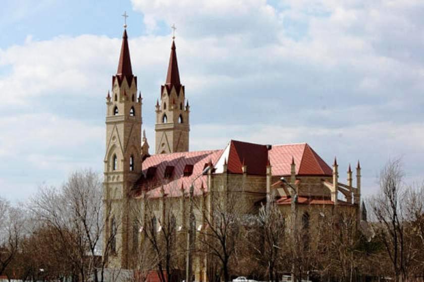 Кафедральный собор в Караганде