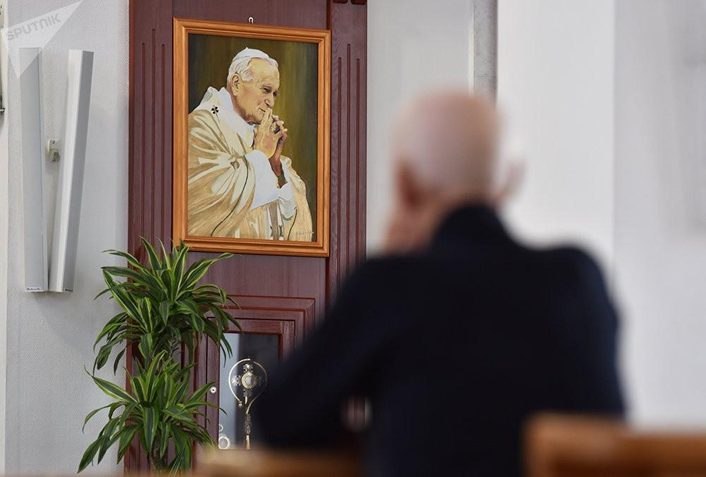 Папалардың екі тарихи сапары туралы бірауыз сөз