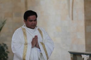 Как один филиппинец стал казахстанским священником