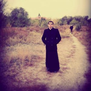 Стать священником, чтоб быть счастливым