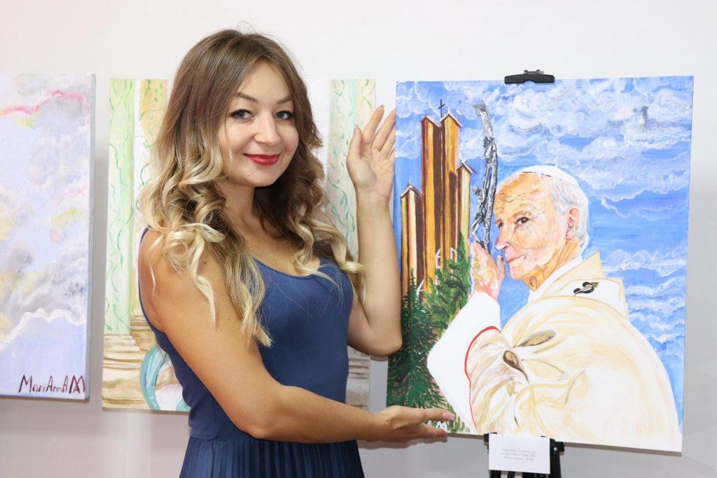 Портрет Папы Иоанна Павла II был презентован художницей из Нур-Султана
