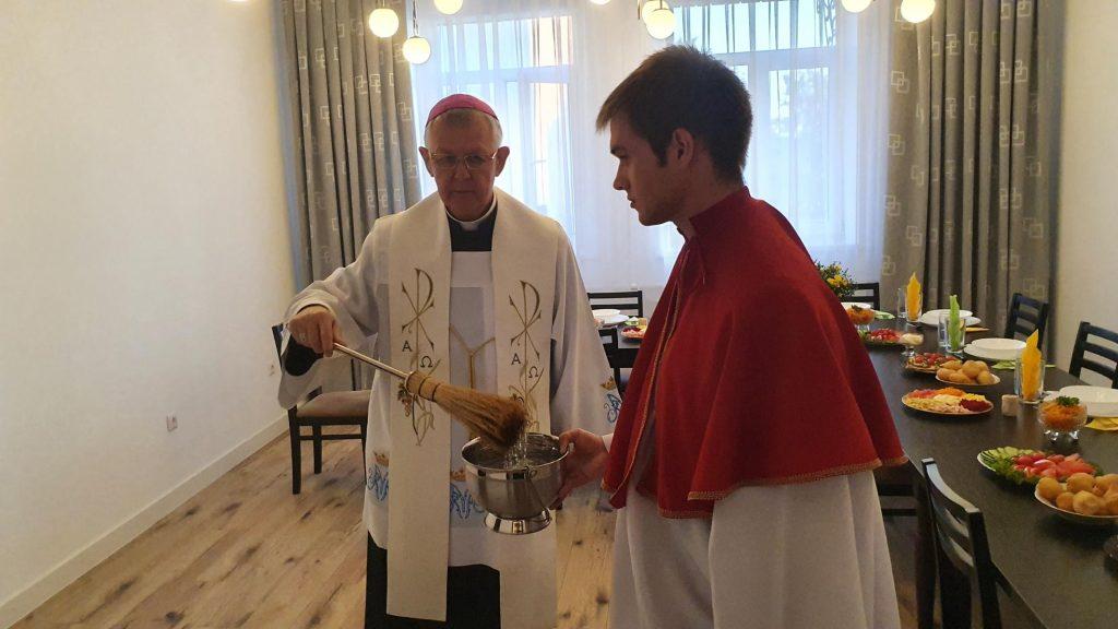 Новая монашеская обитель для мариан освящена в Тайынше