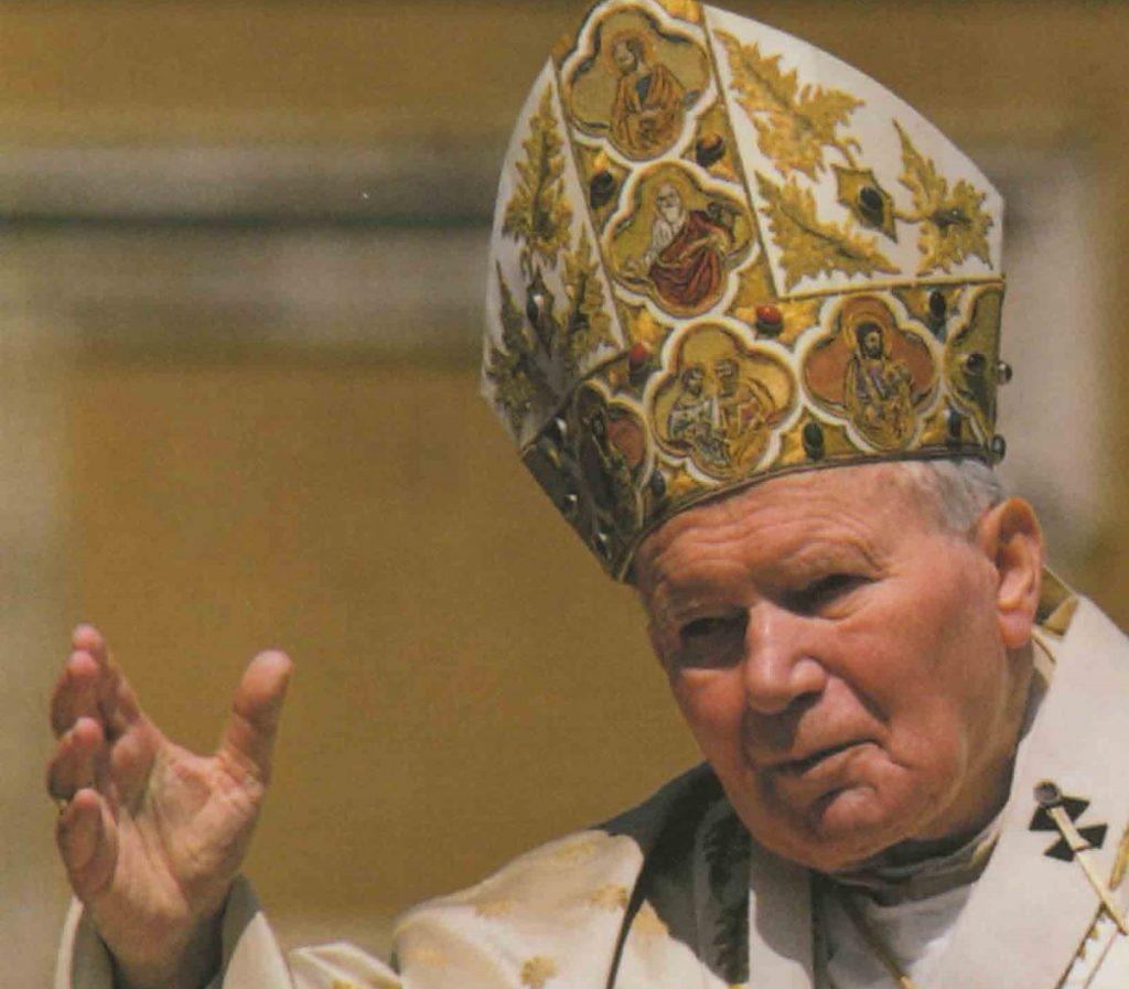 Увидеть Папу нельзя отступить: воспоминание епископа Атаназиуса Шнайдера